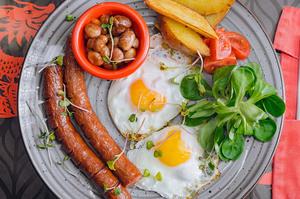 Новые бизнес-ланчи и поздние завтраки в Lab by DK